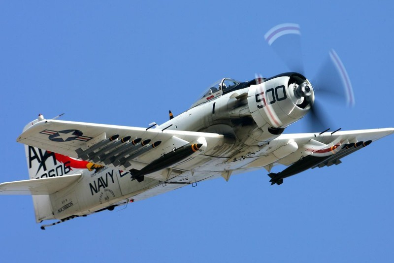 А-1 Skyraider.