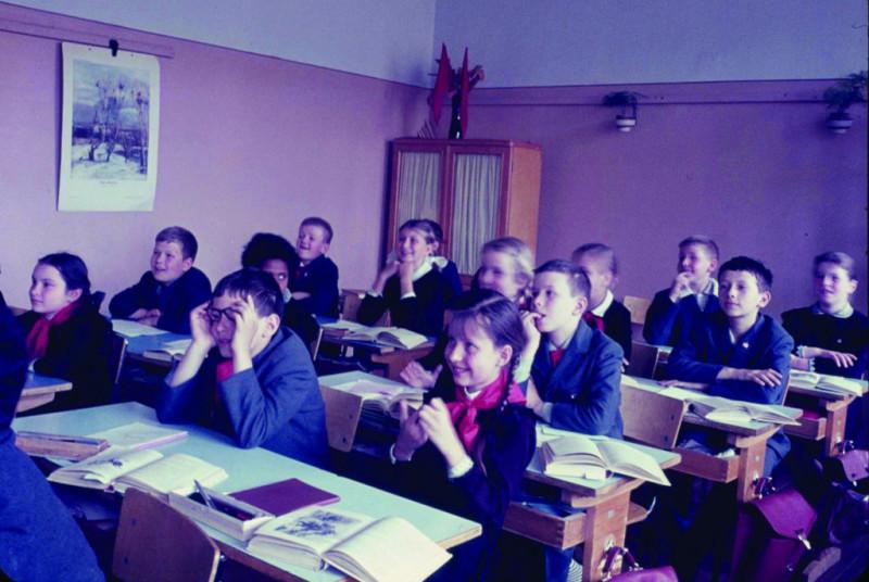 RussianSchoolRoomref2