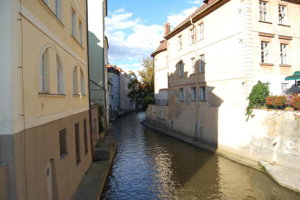 Прага 9