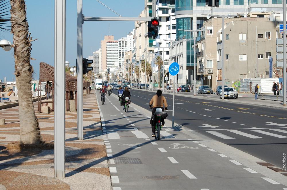 Светофор для велосипедистов 1