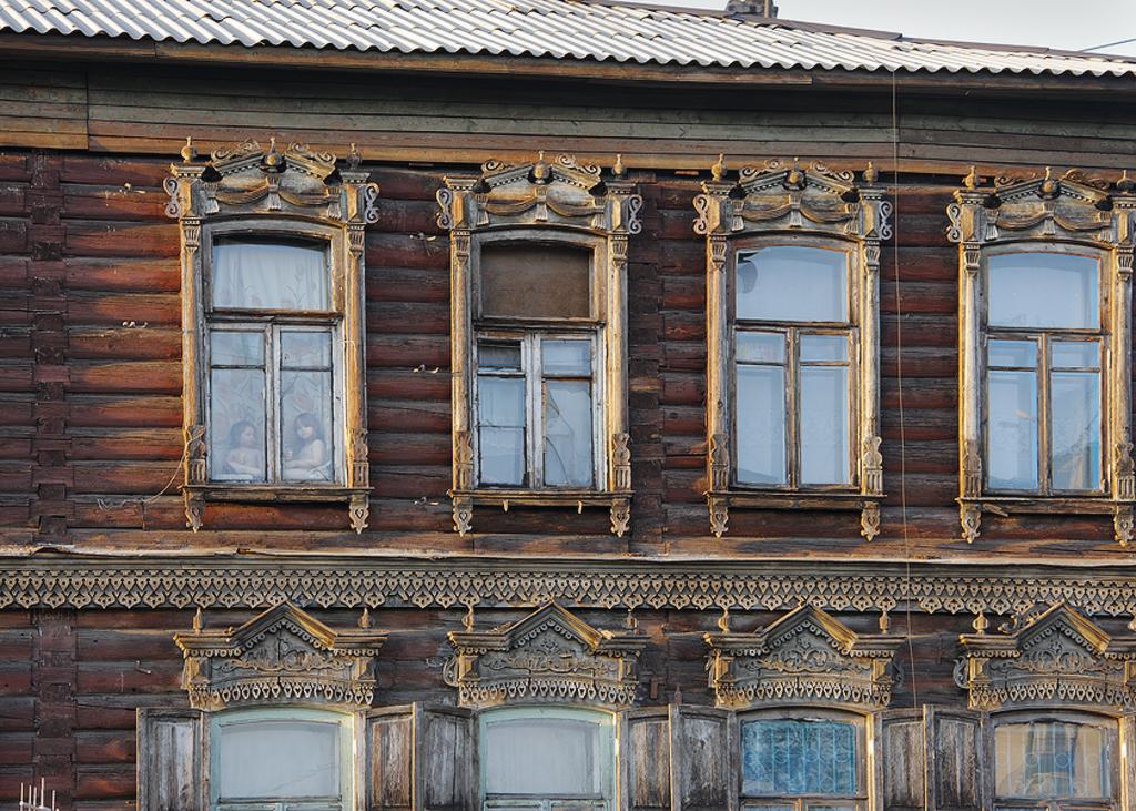 _C3P3283_Чкалова, в окне.jpg