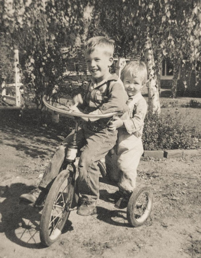 darlene and don on a trike