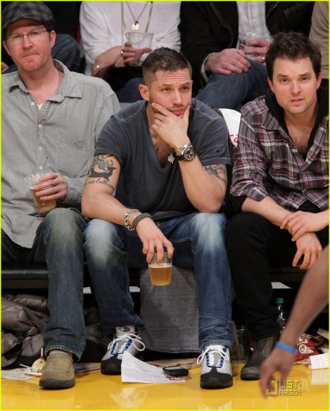 tom-hardy-lakers-laughter-02