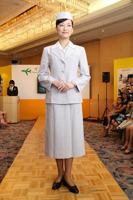 JAL uniform show 2011 - 1951