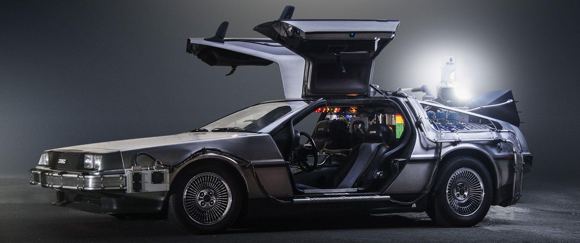 Трагическая и красивая судьба DeLorean DMC-12.