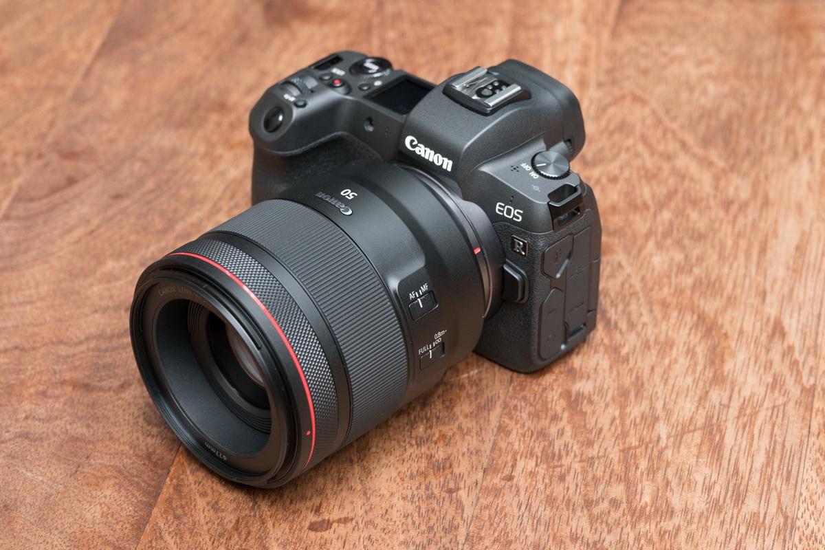 В предвкушении Canon R.