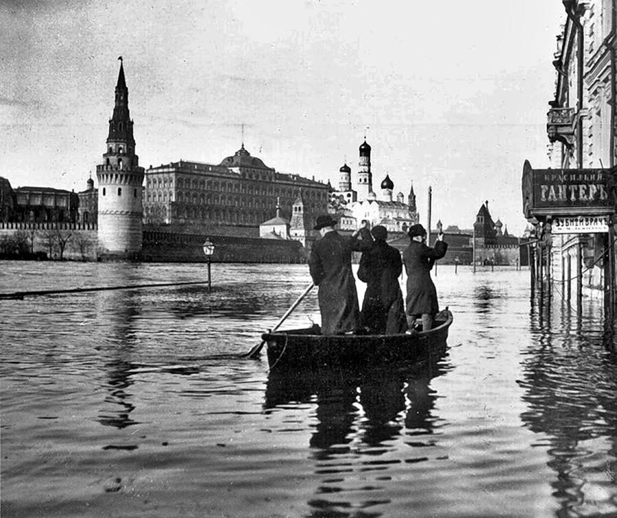 москва-москва-река-наводнение-кремль-443067