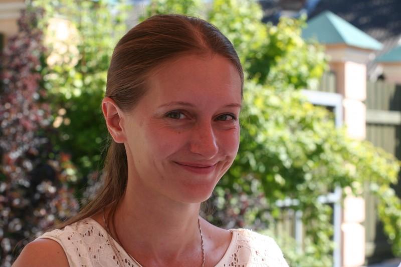 Светлана Прокопьева в день празднования 15-летия газеты «Псковская губерния». 22 августа 2015 года, Псков.