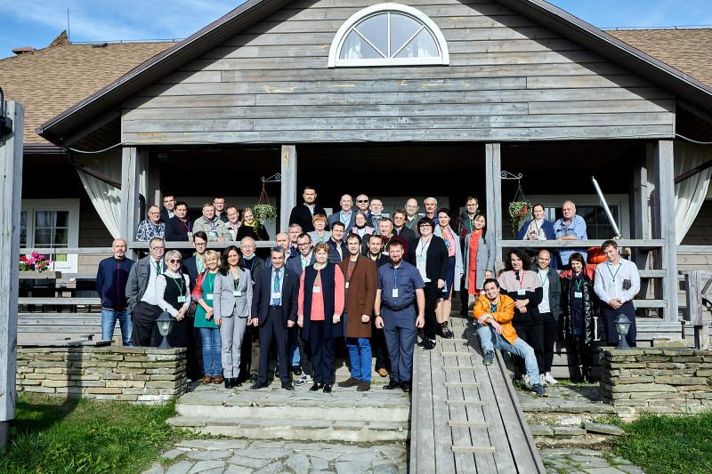 Команда псковского «Яблока» на традиционной осенней встрече в Пушкиногорье. 10 октября 2020 года