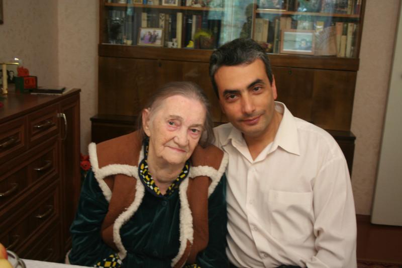Фотография сделана 1 сентября 2013 года в гостях у Таисии Георгиевны.