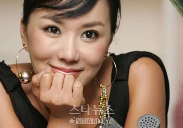 Uhm Jung Hwa uhm-jung-hwa_ne-hn_1