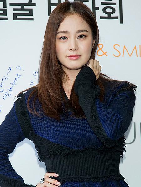 Kim Tae-Hee 08092015-3
