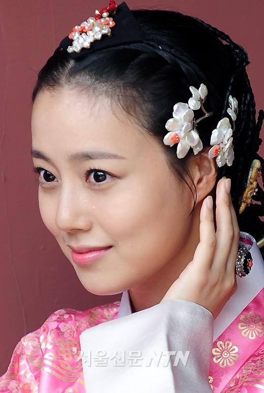 Moon Chae-won at The Princess 1d04e0
