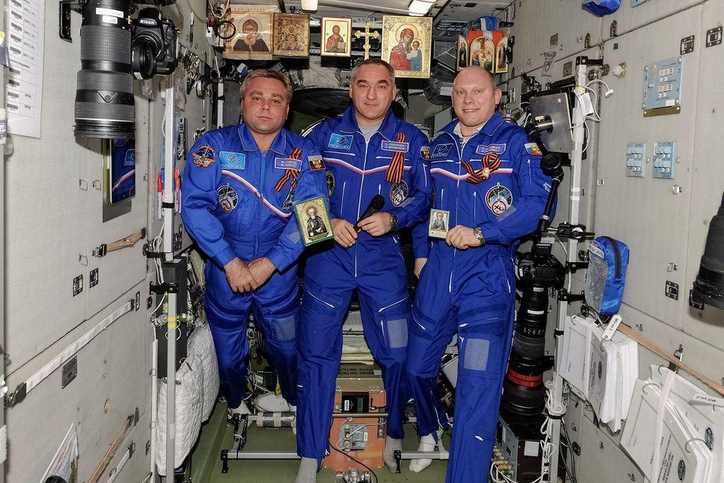 Cerkov - marazm - space kolorady