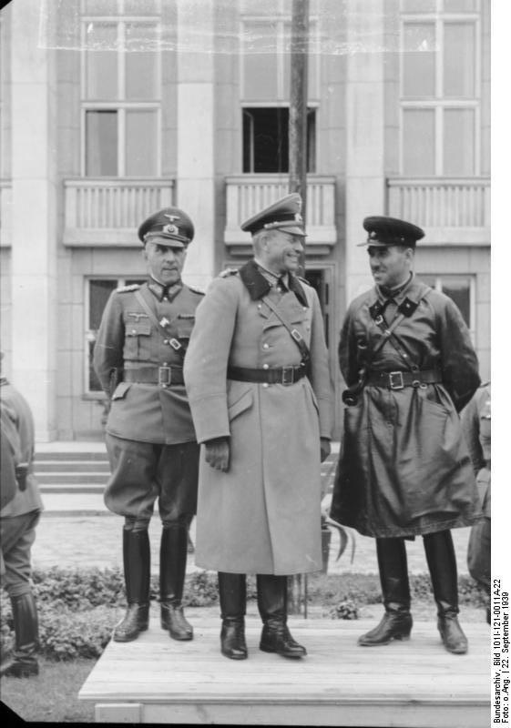 WOW - Nazi i Kommunistyw (7)