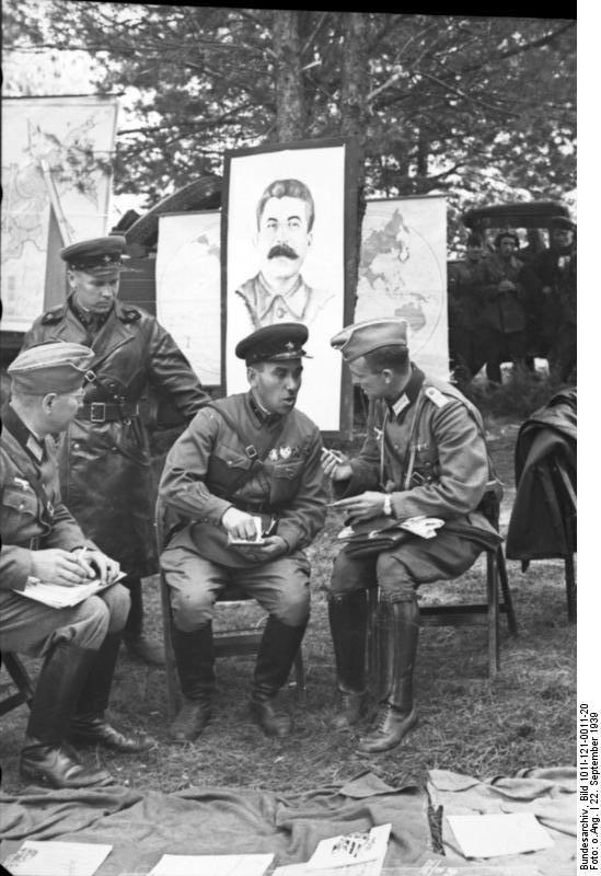 WOW - Nazi i Kommunistyw (10)