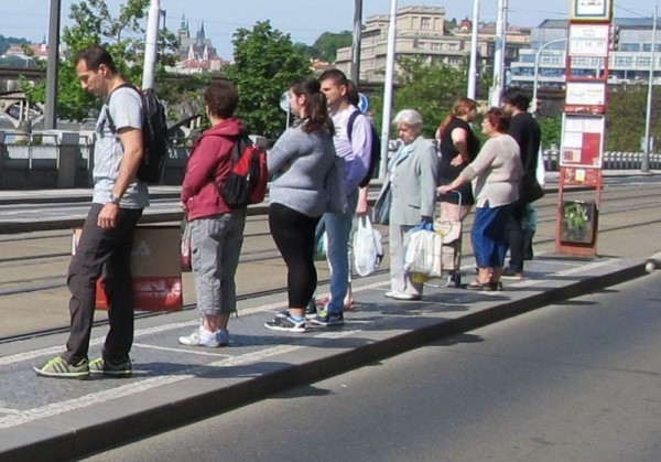 PRAHA - people - Vltavska IMG_0876 2015-5