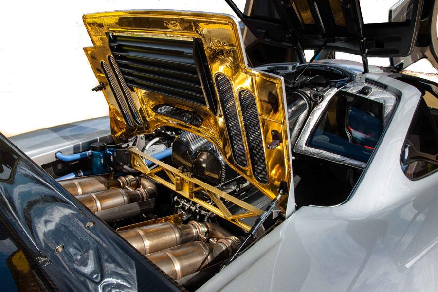 McLarenF1-1.jpg