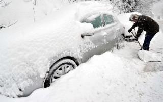 Снежный покров на севере Молдовы достигает 1,8 метра
