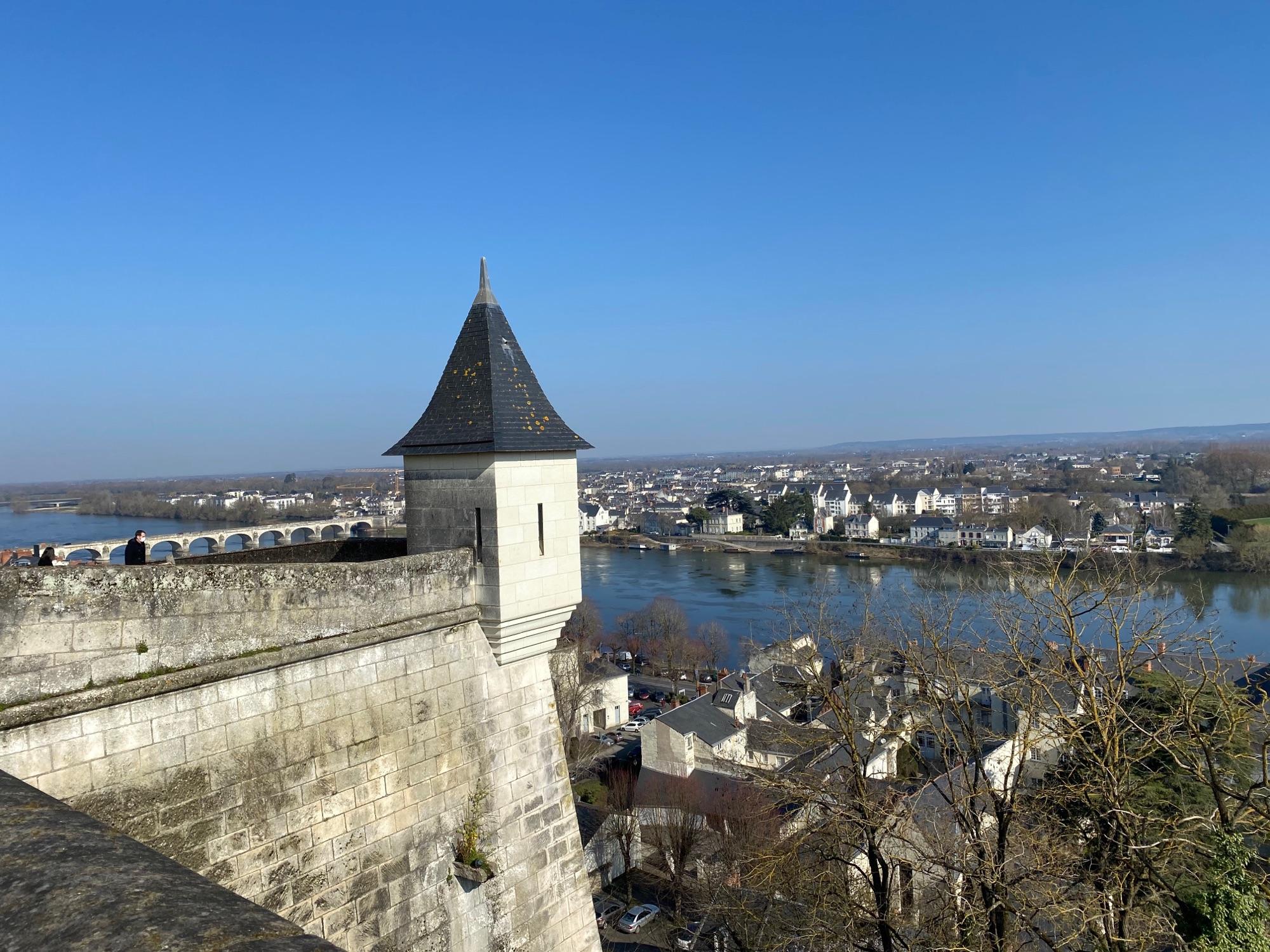 И опять Saumur, вид на вторую часть города