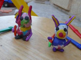 Если кто не понял, это зайцы :)