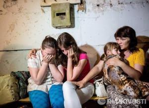 2014.05.30 - Славянск, жизнь в бомбоубежище
