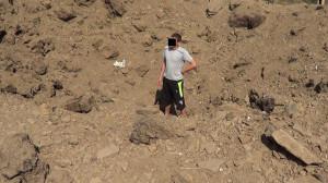2014.08.24 - Харцызск, воронка от «Смерча» около школы