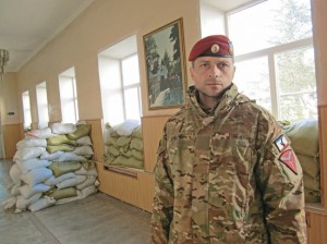 Владимир Крашевский на базе «Беркута» в Симферополе