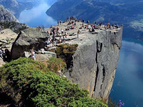 Preikestolen-Norway