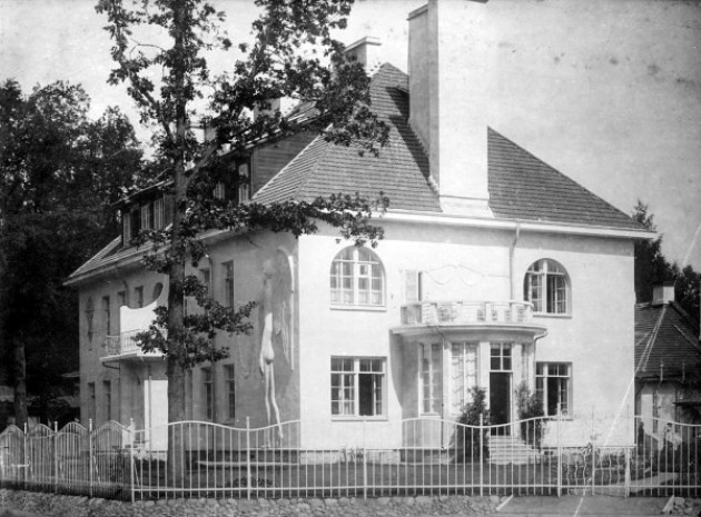 1908-2.jpg