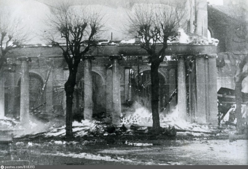1944-4.jpg