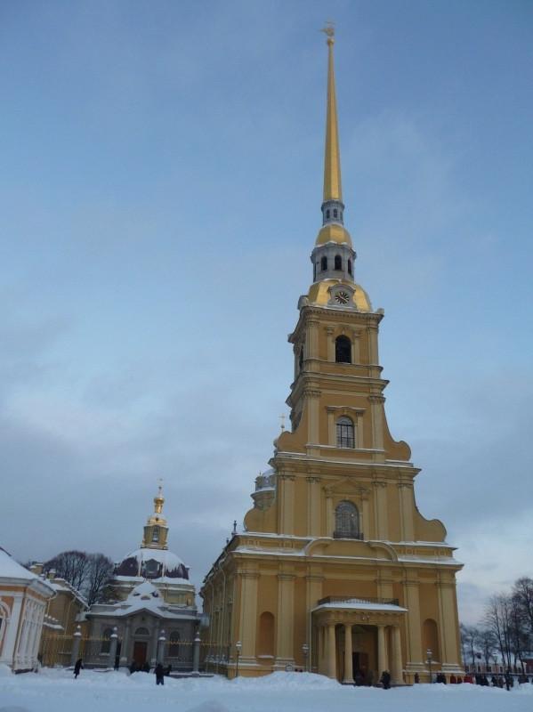 Петропавловский собор и усыпальница.jpg