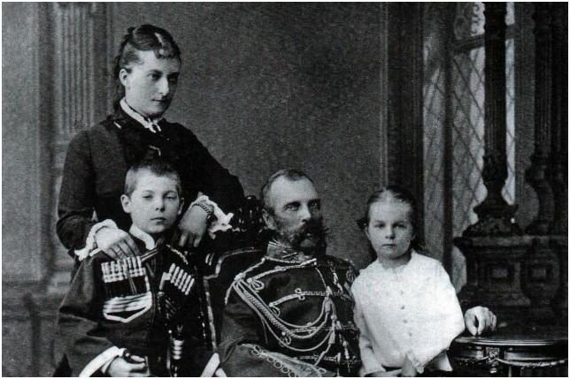 Александр II с Е.Долгорукой и детьми