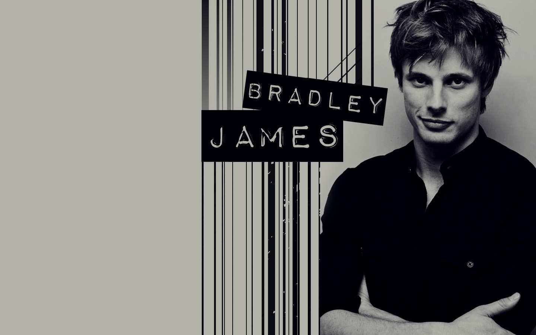 Bradley-James-bradley-james-15862441-1440-900