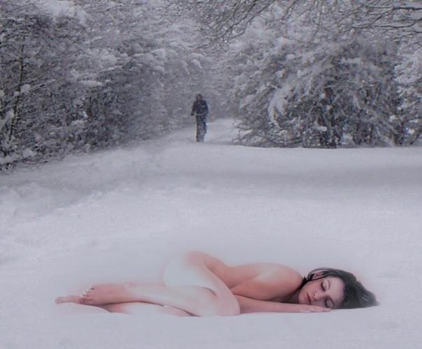 golie-na-snegu-i-ldu