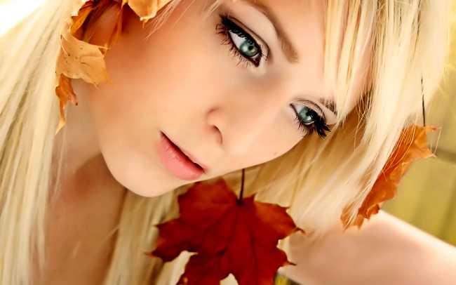 1350129836_1320533206_autumn_lady