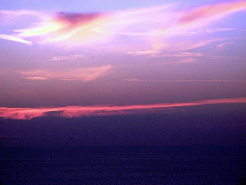 Осень. Закат у моря