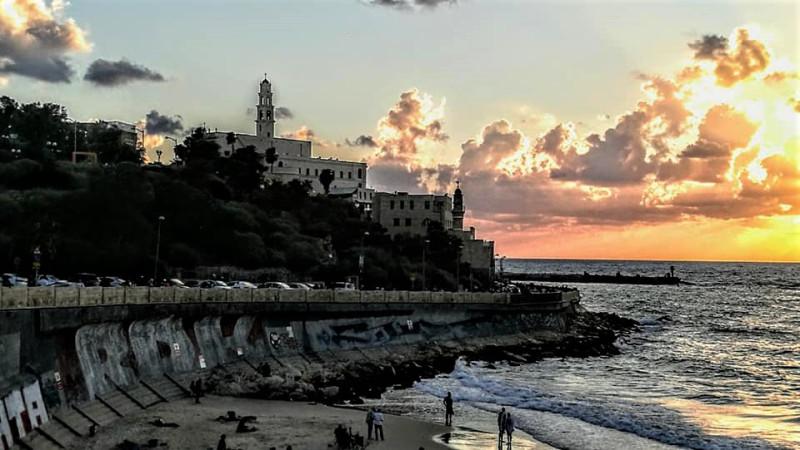 На море. Перед закатом. Древний Яффо