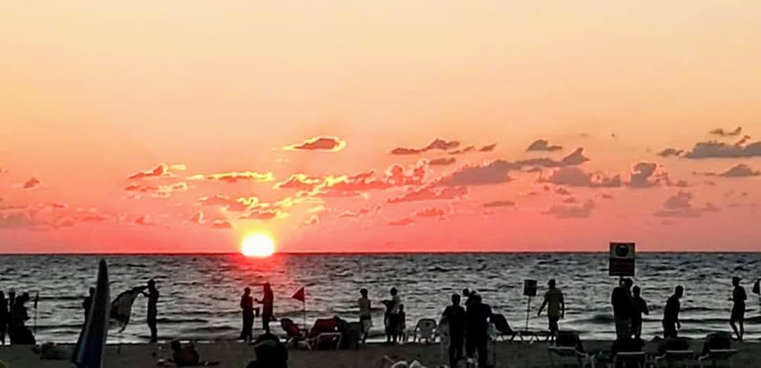 Море. Закат. Тель Авив