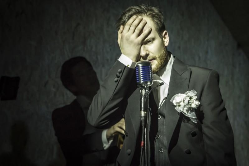 Сцена из спектакля Кирилла Серебренникова: «Мертвые души». Фото Alex Yocu