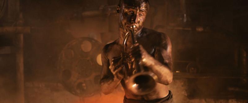 Кадр из фильма «Топливо»