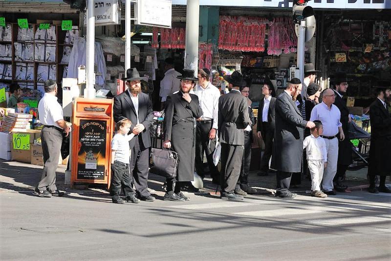 Бней Брак. Город, где большинство ортодоксы, не похож на другие израильские города.