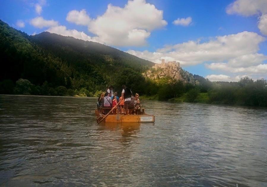 На плотах по реке Вах