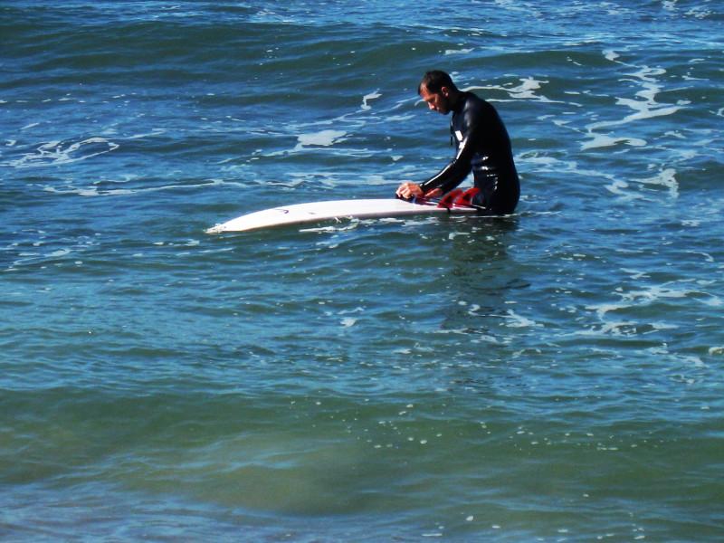 Средиземное море. Серфингист