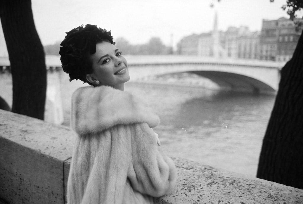 1_Nathalie_Wood._1962_C.Azoulay_Paris_Match-5