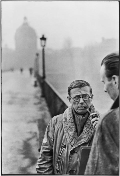hcb Sartre sur le Pont des Arts, 1946