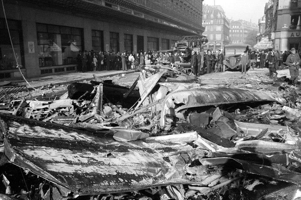 crash du 24 septembre 1943 aux Grands Magasins du Louvre