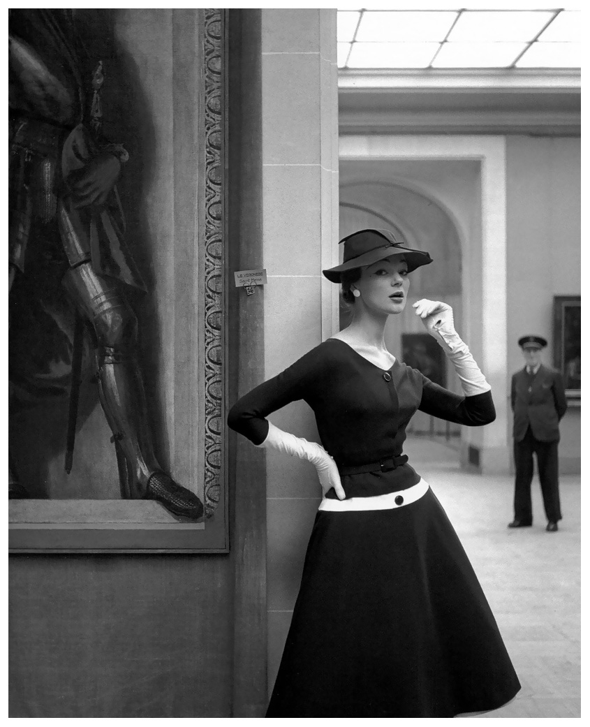 ivy-nicholson-in-a-wool-jersey-dress-by-jacques-fath-photo-by-georges-dambier-musc3a9e-de-lorangerie-elle-march-29-1954