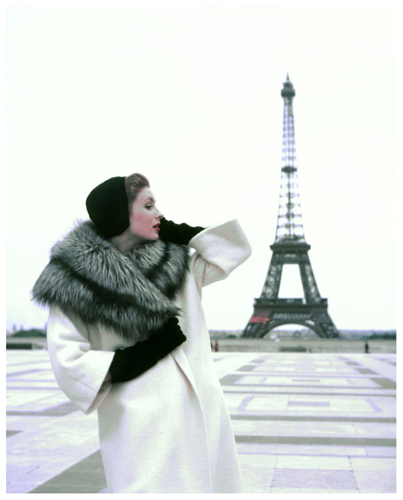 suzy-parker-tour-eiffel-for-elle-magazine-winter-givenchy-collection-paris-1954-photo-georges-dambier