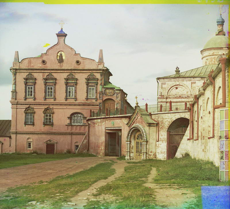 1912 Бывший дворец великих князей, ныне (1912) архиерейский дом